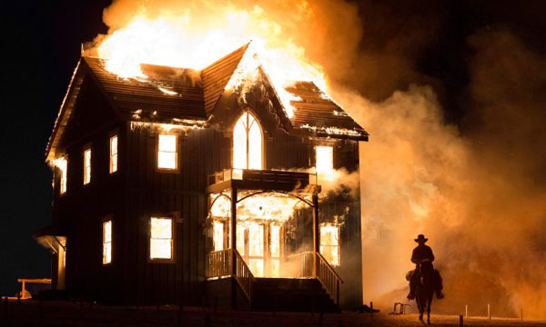 https://chriscrespo.com/wp-content/uploads/2014/12/the-homesman-burning-house.jpg